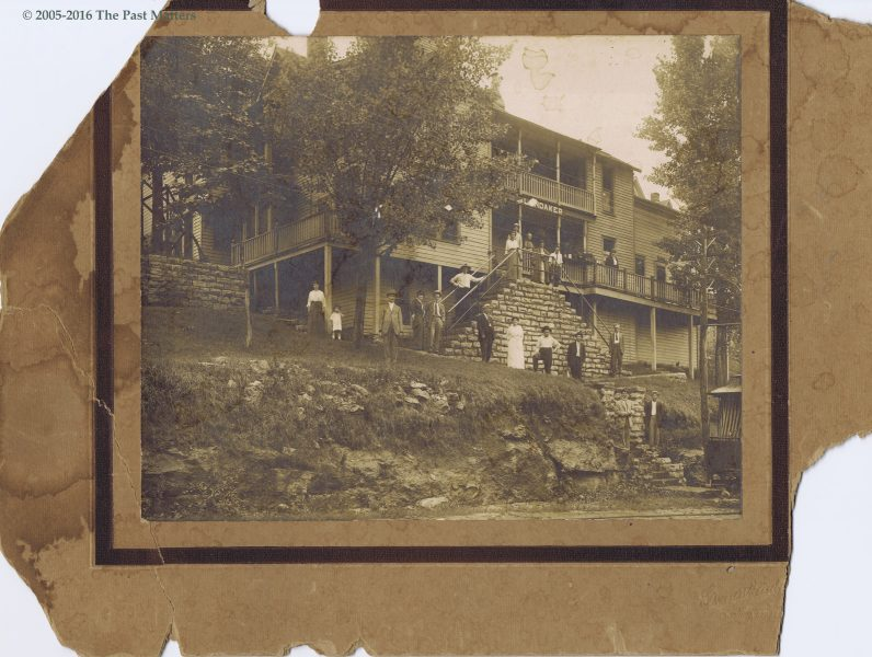 The Landaker House Hotel in Eureka Springs, Arkansas circa 1910.